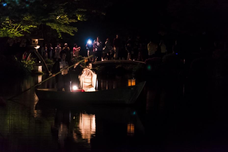 2015.06.06兼六園和舟から演奏2