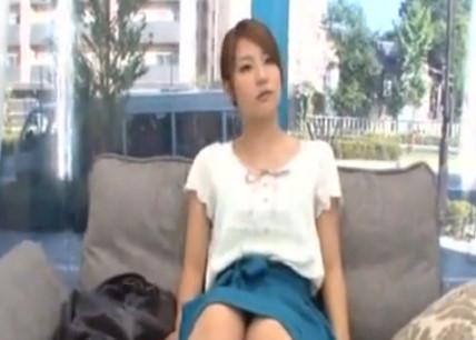 【マジックミラー号】女子アナ志望の美人女子大生をイタズラしちゃいます!