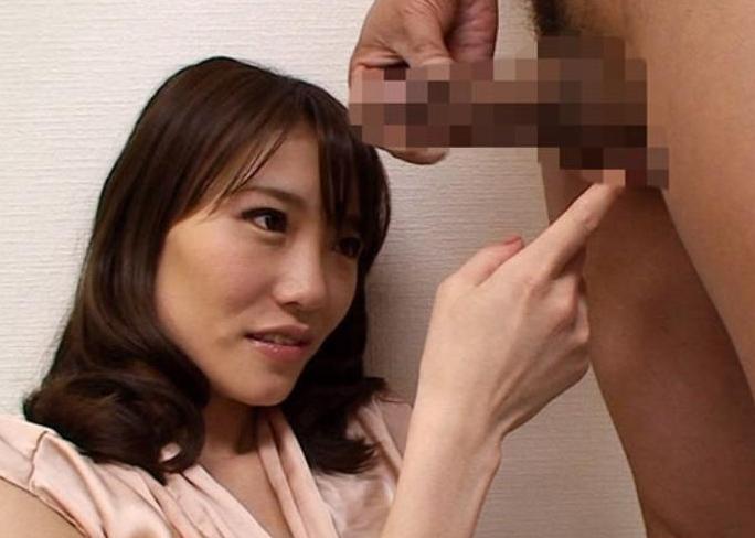 横浜でGET!欲求不満の人妻大集合?オイラのセンズリ見て下さい!