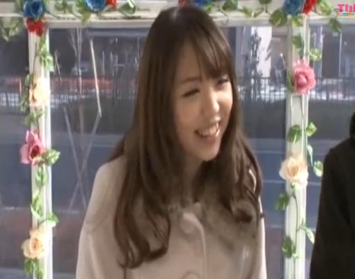 【マジックミラー号】笑顔の絶えない激カワJDと友情セックス