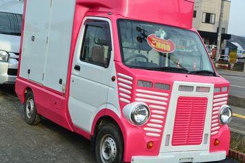 001ピンク車