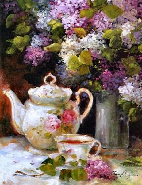 Lilac tea cup