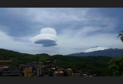 lenticular-clouds-etna-6.jpg