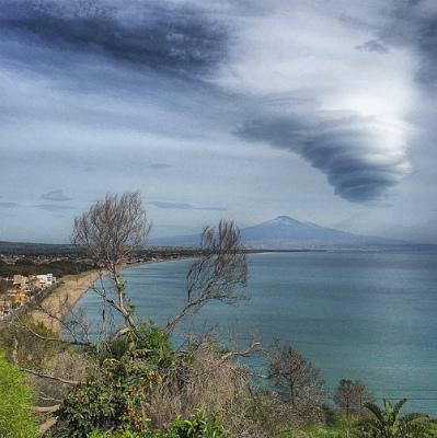 lenticular-clouds-etna.jpg
