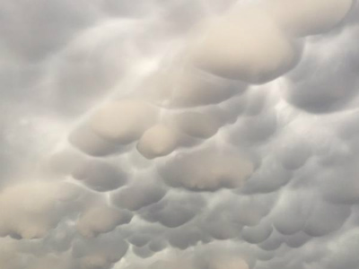 mammatus-clouds-tornado-moore-2.jpg