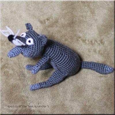 編みぐるみ オオカミ