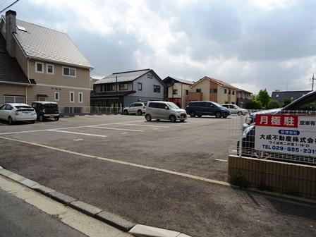 二の宮駐車場