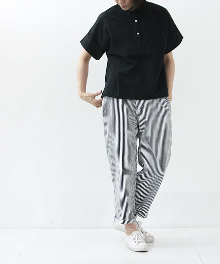 evameva (エヴァムエヴァ) Swiss cotton turn buck cuffs shirt