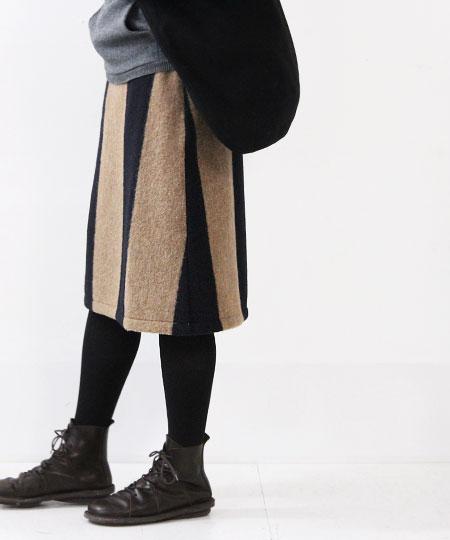 Vent Blanc (ヴァンブラン) ワイドボーダースカート