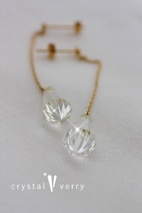 水晶ロングピアス