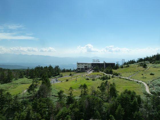 北八ヶ岳ロープウェイ坪庭より望む信州の山並み