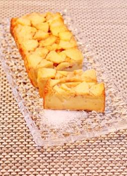 リンゴケーキ (253x350)