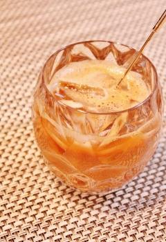 練乳入りアイスコーヒー (240x350)