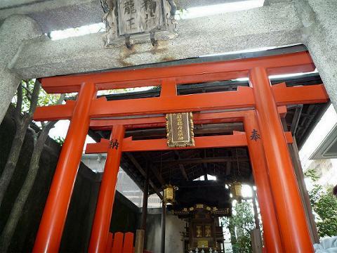 観世神社 120328 005-w1024-w480