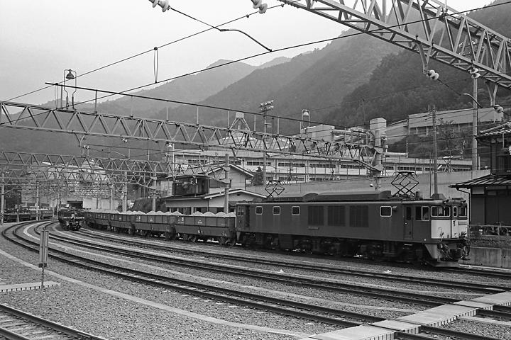 s610601_奥多摩駅石灰石列車_001