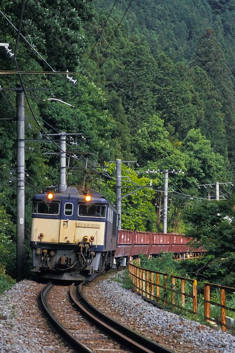s610601_御嶽駅-川井駅間_002_石灰石列車