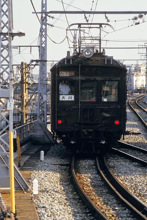 6108_鶴見線_クモハ12_鶴見駅_005