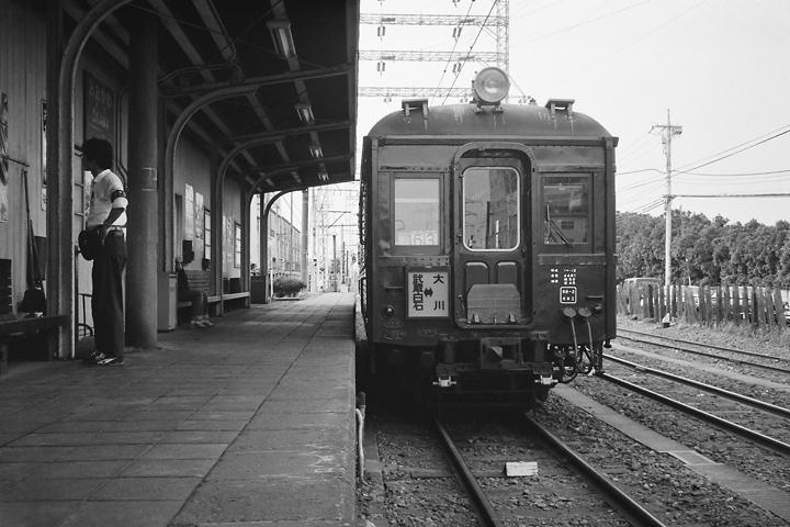 5904_クモハ12_大川駅