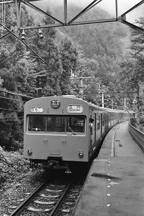 s6109青梅線白丸駅103系_001