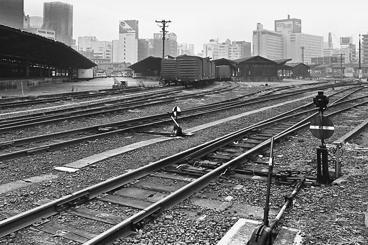 s6112汐留駅_018