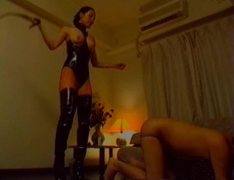 専属奴隷の掟は絶対服従 /天宮エマ女王様