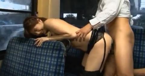 【麻美ゆま】バス車内でレ**魔から犯される麻美ゆま