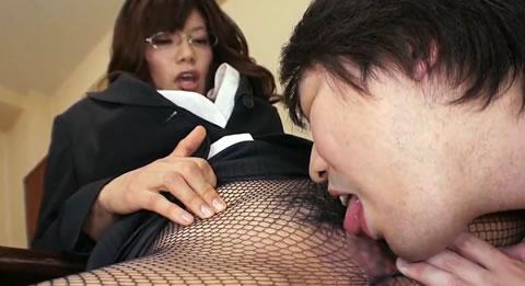 M男昇天シリーズ~あら、可愛い子ね、痴女社長と淫らな面接~(無修正)