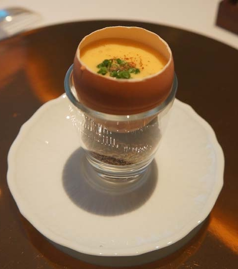 20141217 Lmbl 1 京都美山の初卵 すっぽんスープとごぼうのキャラメリゼ 17㎝DSC02156