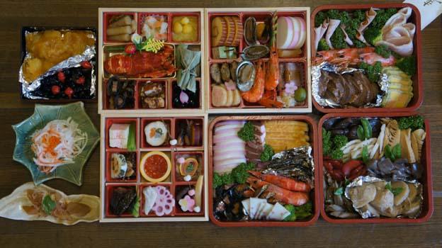 20150101 おせち料理 22㎝ DSC03702