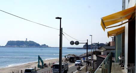 20150409 七里ヶ浜 bills 16cm DSC00897
