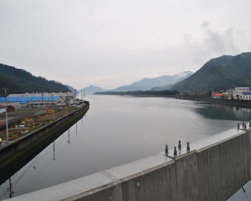岩松川(河口)