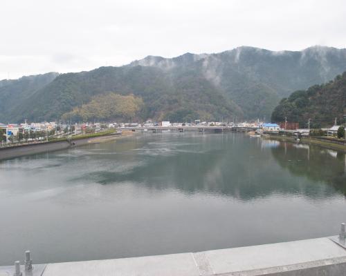 岩松川(上流)