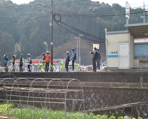 JR務田駅1