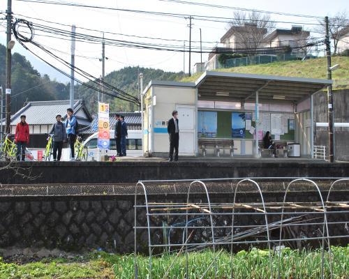 JR務田駅2