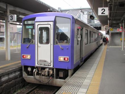 関西本線普通(加茂駅)