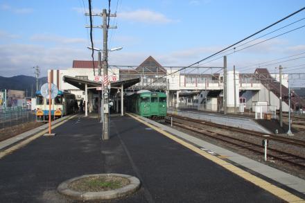 貴生川駅2