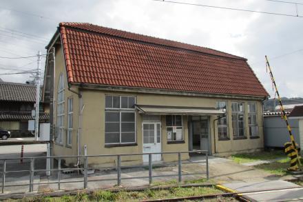 鳥居本駅2