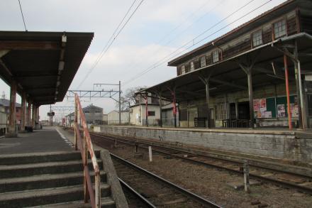 新八日市駅4