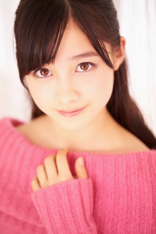 橋本環奈(16) 国宝級美少女の可憐なグラビア画像 #グラビア 72枚