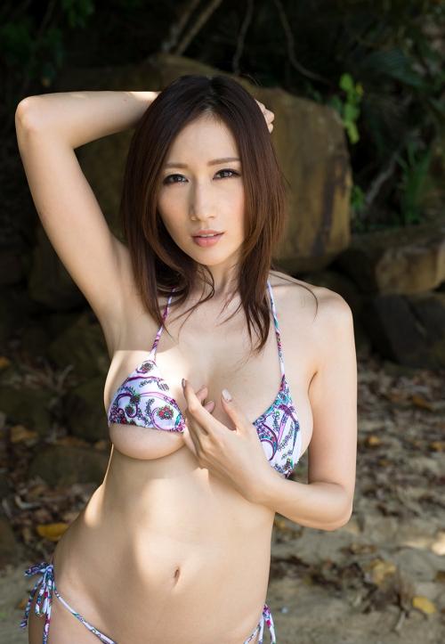 JULIA Jカップ AV女優 02
