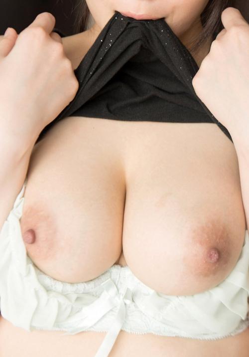 おっぱい 乳首