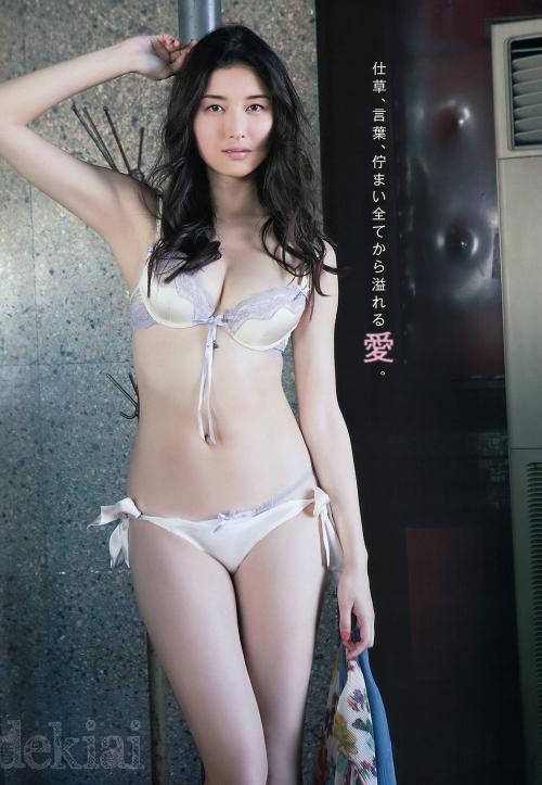 橋本マナミ Gカップ グラビア 03