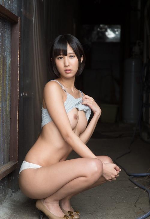 湊莉久 Dカップ AV女優 制服 コスプレ