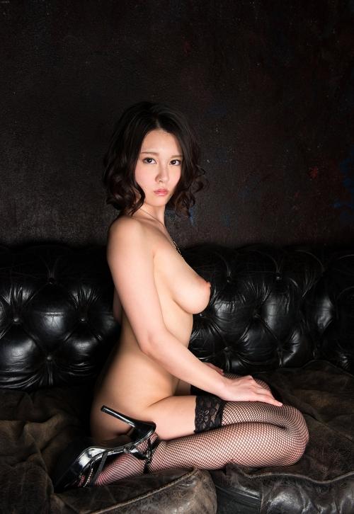 黒髪 美少女 ヌード  21