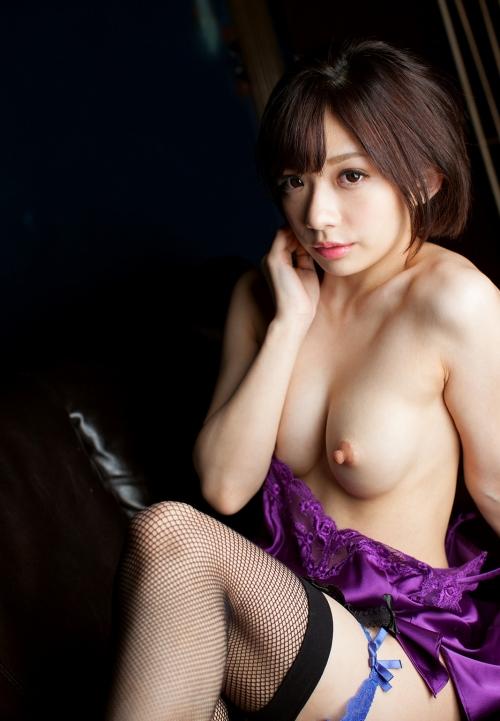 黒髪 美少女 ヌード  22