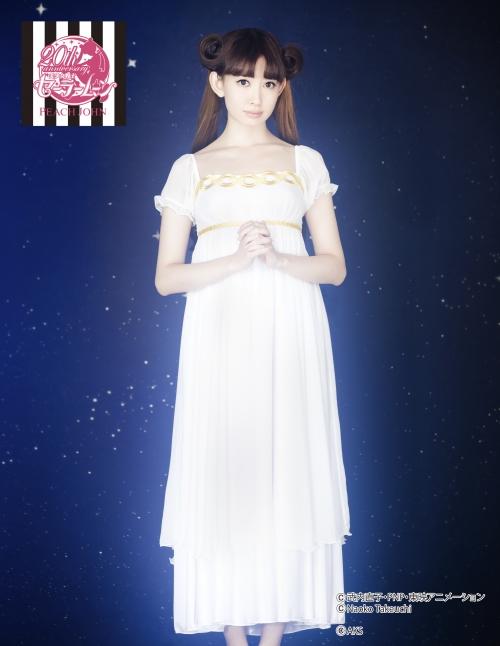 小嶋陽菜 こじはる AKB48 セラムン ランジェリー 13