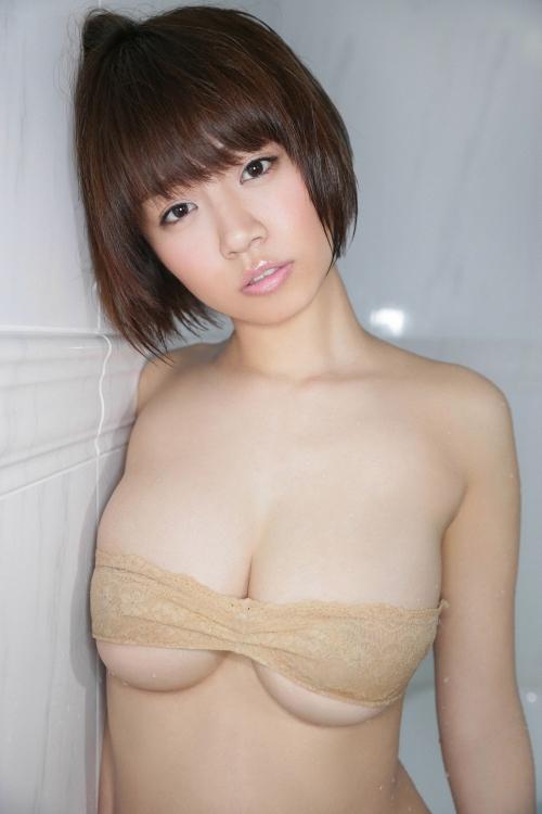 菜乃花 Iカップ グラビア 04