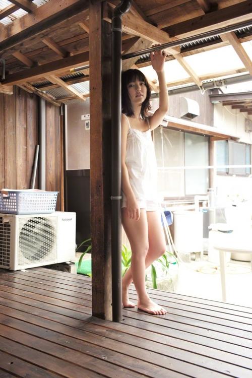 真野恵里菜 グラビア ビキニ 06
