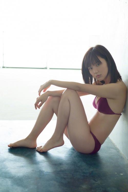 真野恵里菜 グラビア ビキニ 39