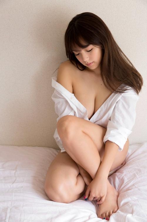 篠崎愛 Gカップ グラビア ワイシャツ 白水着 09